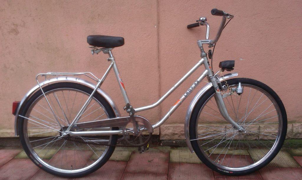 Částečná renovace kola Lady 26 80tá léta